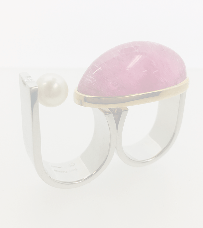Two finger 18k platinum diamond pearl and berry catseye tourmaline from brazil